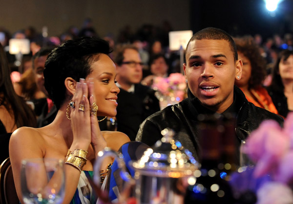 latest news about rihanna and chris brown relationship