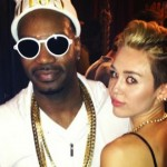 Juicy_J_twerking_scholarship_miley_-_Copy