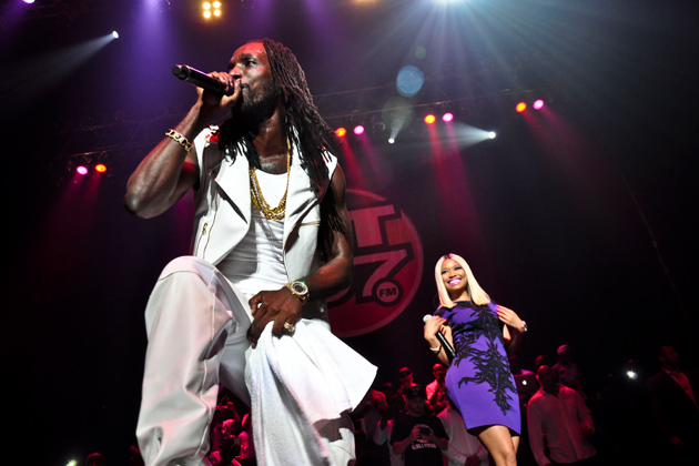 Mavado-And-Nicki-Minaj-At-On-Da-Reggae-Tip-Performance-2