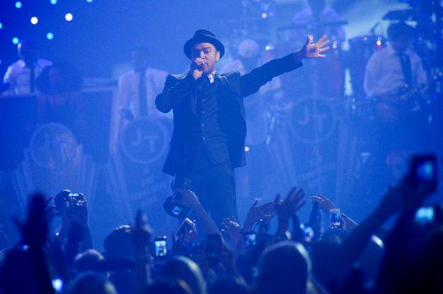 justin-timberlake-debuts-new-songs-at-iheartradio-festival