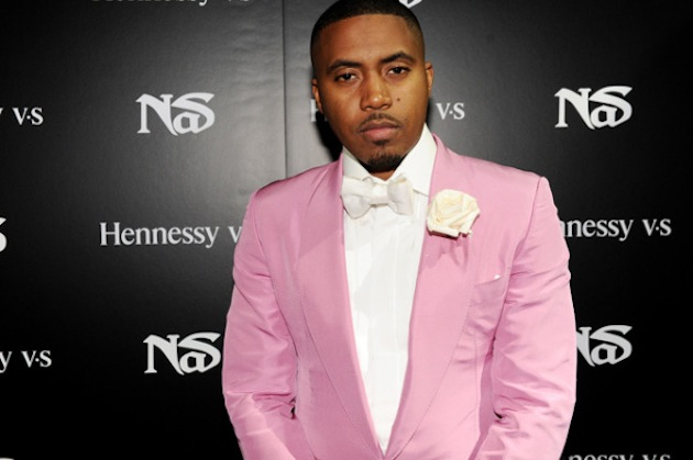 nas-on-the-step-and-repeat
