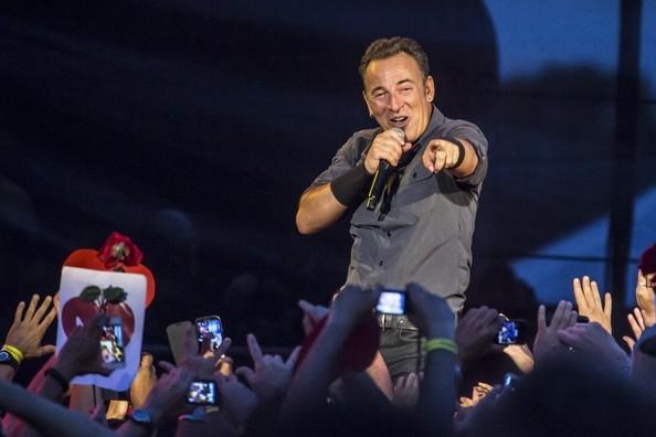 Bruce+Springsteen+Bruce+Springsteen+Performs+-yAd73fA1isl